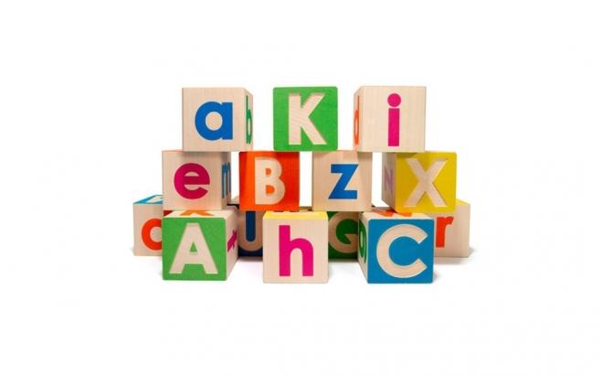 bloques alfabeto de madera