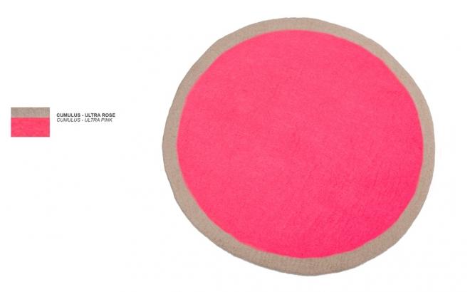 tapis enfant rond en feutre rose Lumbini par Muskhane