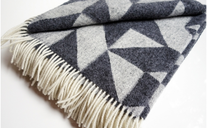 wool blanket twist a twill (dark gray)
