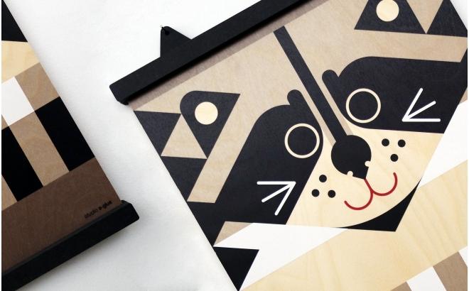 wooden print hanger Earwigo Raccoon