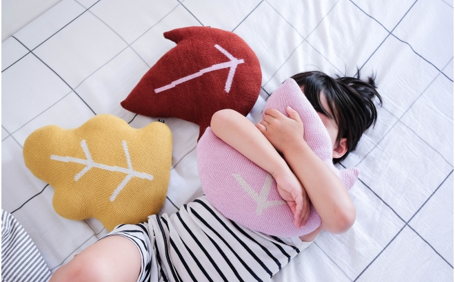 leaves cushions for kids room