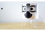 lampe à poser enfant Minilum Zèbre, bois et metal blanc