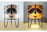 lámpara infantil Minilum Mapache, madera y metal negro