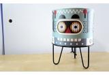 lámpara infantil Minilum Robot, madera y metal negro