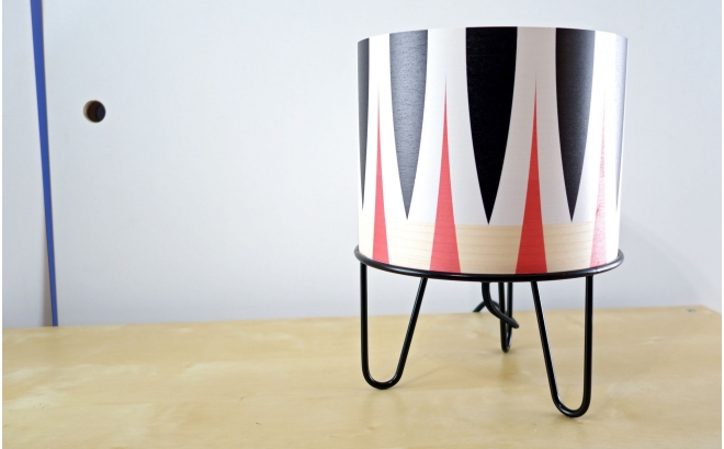 lámpara infantil Minilum motivo geometrico Cebra Negro