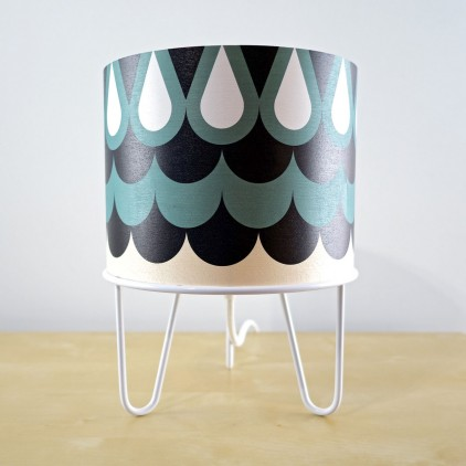 lamp for kids Minilum Owl geometric pattern and white metal base