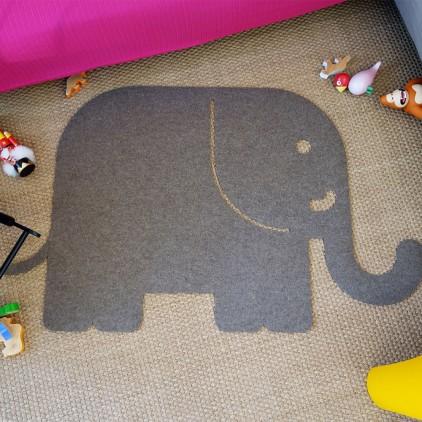 tapis enfants éléphant en feutre gris