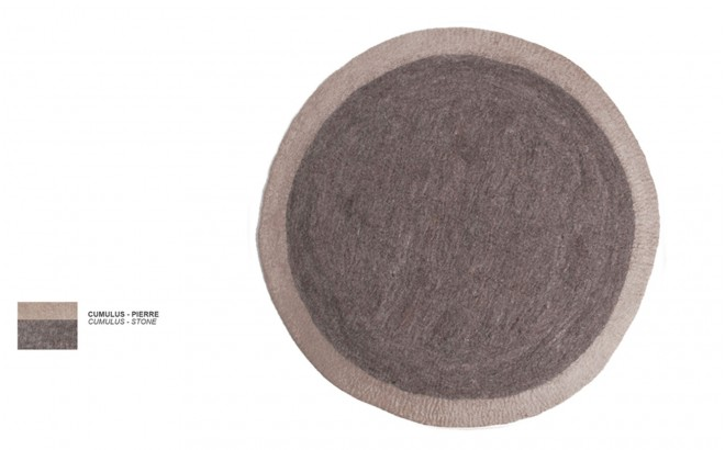 alfombra infantil redonda de fieltro gris piedra Lumbini por Muskhane