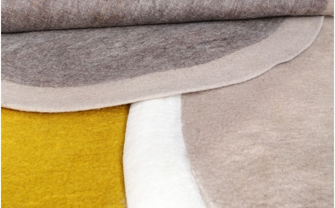 alfombra redonda de fieltro gris