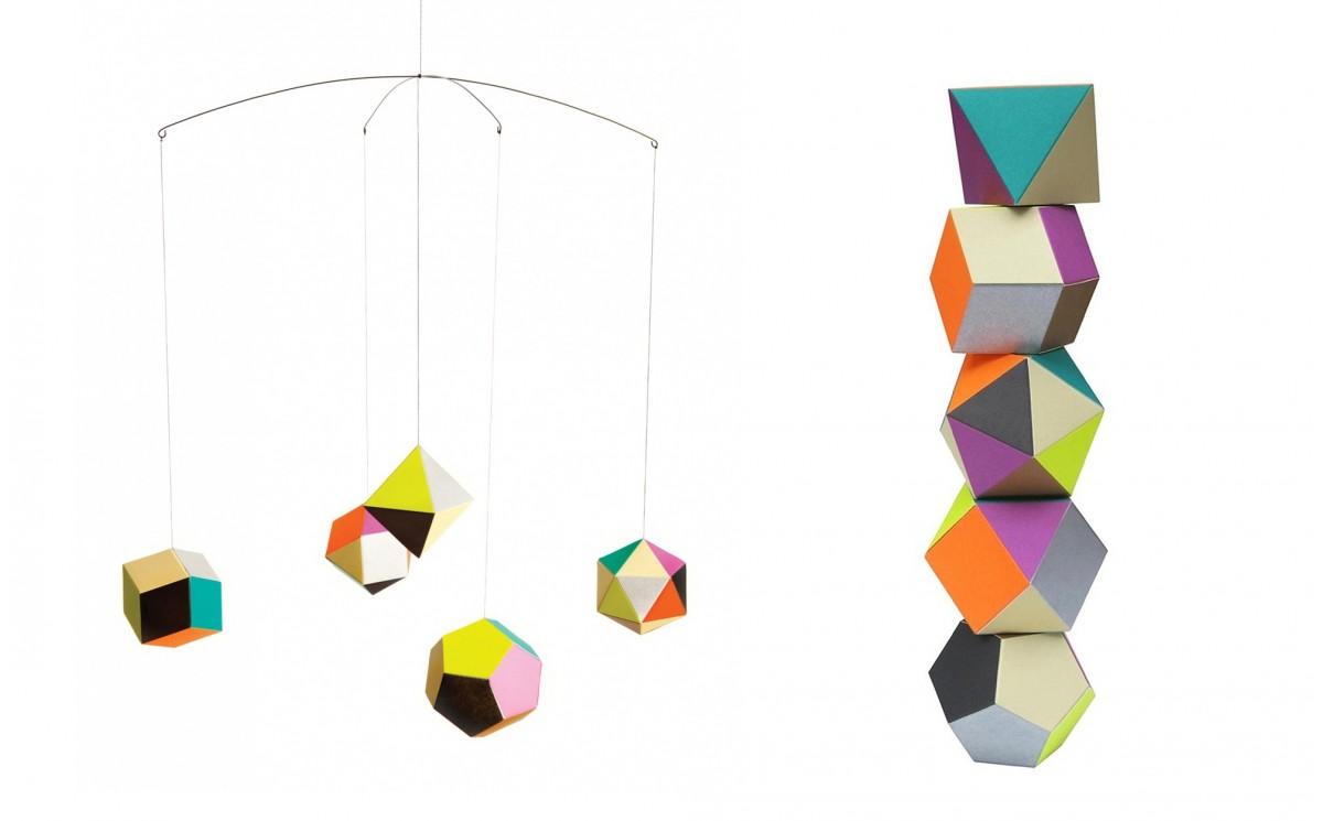 Mobile g om trique themis par artecnica d coration for Objet deco geometrique