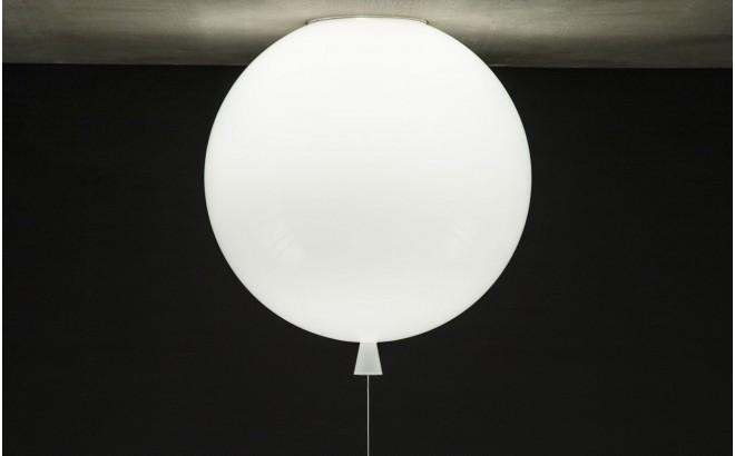 lampara balón blanco, aplique de pared infantil globo por Boris Klimek