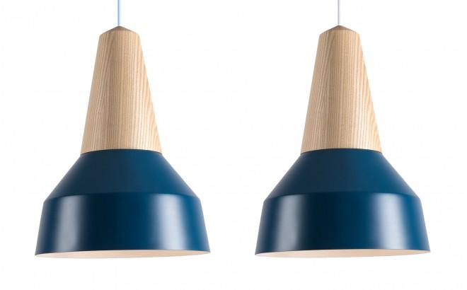 lampe enfant bois frêne et metal bleu par schneid studio