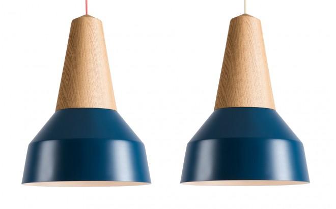 lampe eikon basic bois chêne et metal bleu pour chambre bébé