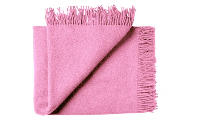 pink scandinavian wool blanket for kids