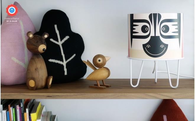 luminaria infantil Minilum Cebra, madera y metal negro