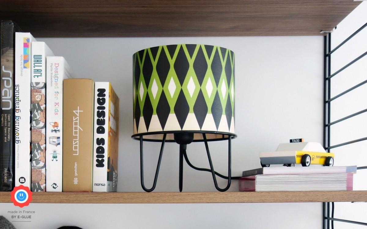 lámpara infantil Minilum motivo geometrico Dino negro