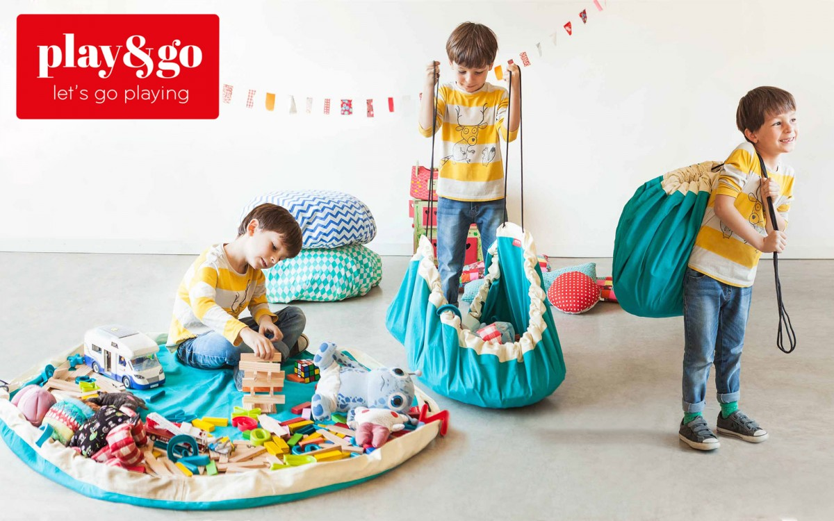 ZIGZAG RED STORAGE BAG AND PLAY MAT