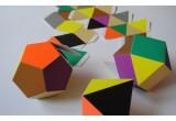 mobile géométrique Themis moderne pour chambre enfant