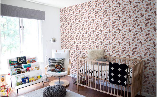 papel pintado infantil de flores rosa para habitación bebé o niña