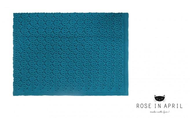 manta infantil bebé de encaje azul petróleo por Rose in April