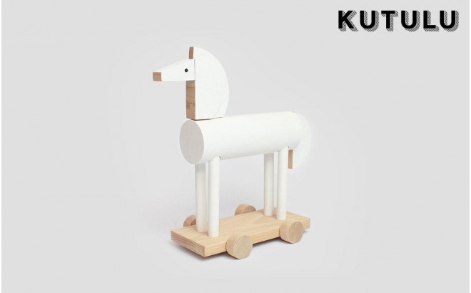 wooden white horse toy Ortus by Kutulu design