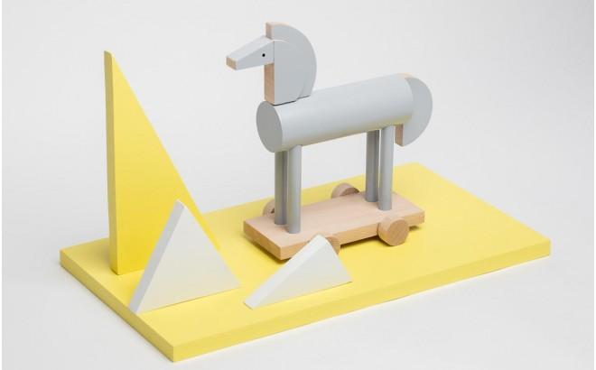 juguete caballo de madera gris Griseon por Kutulu design