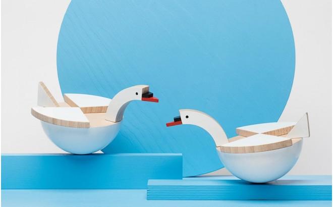 jouet cygne blanc en bois Labu par Kutulu design