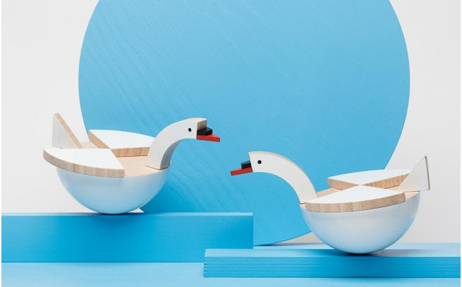wooden white swan toy Labu by Kutulu design
