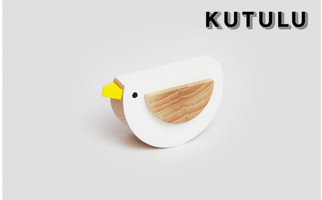 wooden white bird toy Pipa by Kutulu design