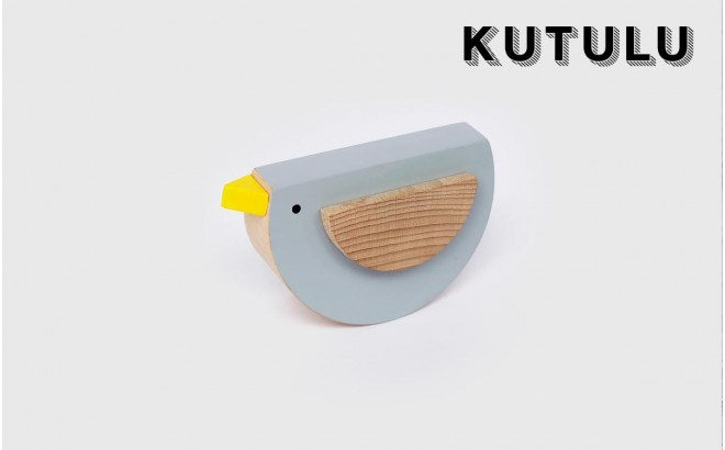 juguete pájaro de madera gris Pipu por Kutulu design