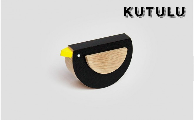 wooden black bird toy Kos by Kutulu design