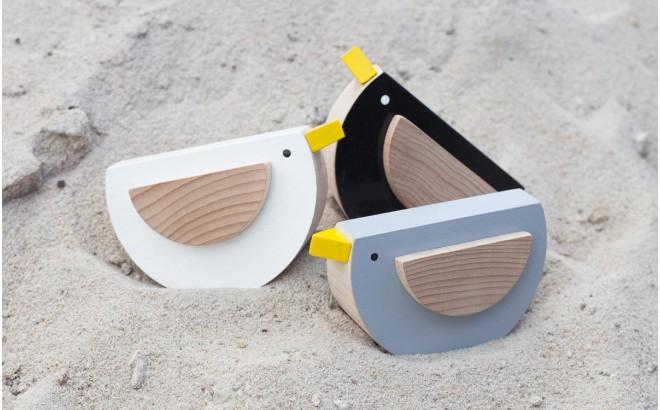 jouet oiseau noir en bois Kos par Kutulu design