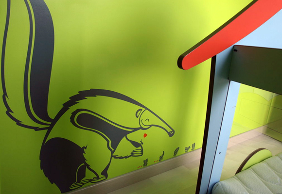 E-GLUE WALL STICKERS // giant anteater decal for kids
