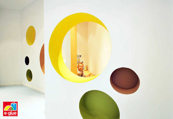 E-Glue children's wall stickers - pediatrician's office designed by architecture agency Block722+