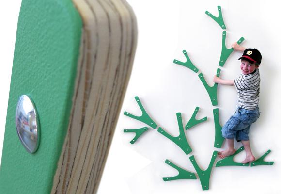 KAJA OSHOLM KJØLÅS // klatretre tree for children's room
