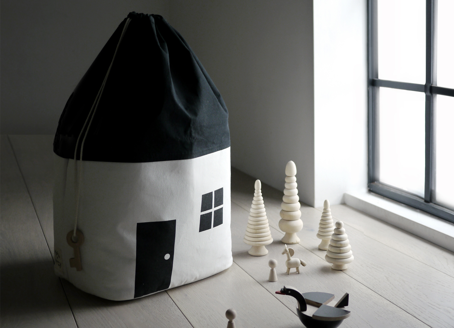 House Shaped Toy Storage Bag - Rock and Pebble